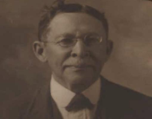 Luther Judson Price
