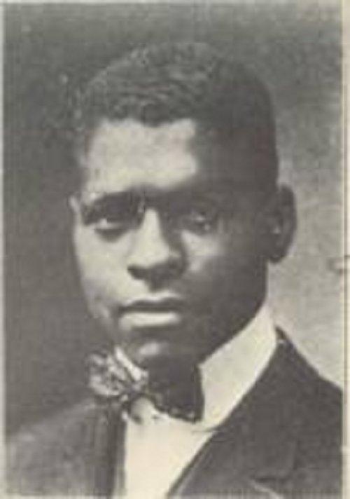 Young Benjamin E Mays