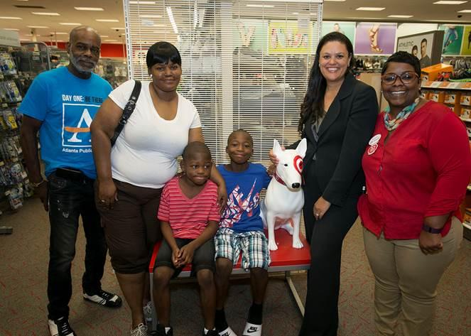 APS Family Takes Advantage of Tax-Free Day--Shopping with Superintendent
